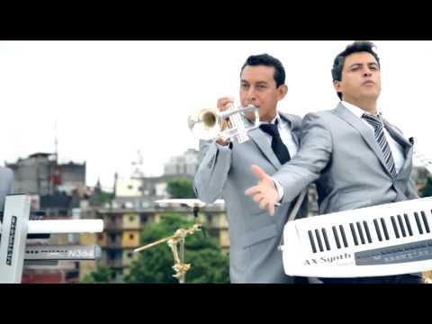 LOS GILES VS AK BRON - CUMBIA LOCA  (Sin rap  x  Dragon mix)
