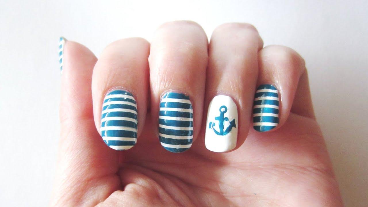 Nautical Nails / Nautisches Meeres-Nageldesign mit Streifen und ...