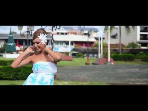 PHARRELL WILLIAMS - HAPPY (WE ARE FROM TAHITI)