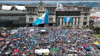 #Marcha20S | Miles de guatemaltecos exigen renuncia de presidente Morales | Prensa Libre (1)