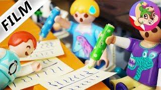 Playmobil Rodzina Wróblewskich | Emma pomaga klasie na sprawdzianie ze słówek