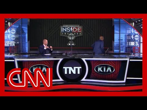 Kenny Smith walks off set in solidarity with NBA players