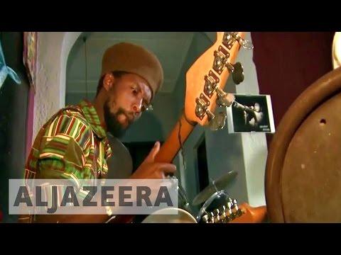 Burundi reggae band sings for change