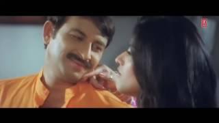 Repeat youtube video Fom Waala Gadaa [Bhaiya Hamaar Dayawan] Feat.Sexy Monalisa & Manoj Tiwari