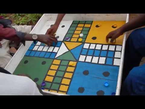 Tanzania: Playing Ludo board game