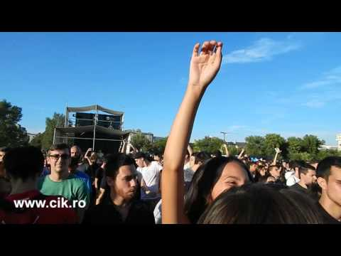 GOJIRA & PLANET H Live concert - Deep Bass - Hands in the air