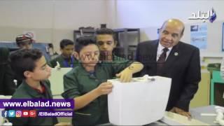 رئيس الهيئة العربية للتصنيع يتفقد ورش «علم ابنك حرفة».. «فيديو وصور»