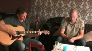 Hanging by a Moment - Lifehouse (Acoustic)