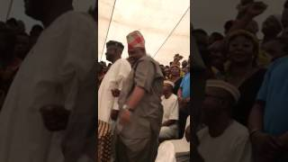 See how senator Adeleke mocks APC with skelewu dance