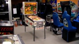 1977 Williams Hot Tip Pinball Machine - 1st Solid State Williams Game!