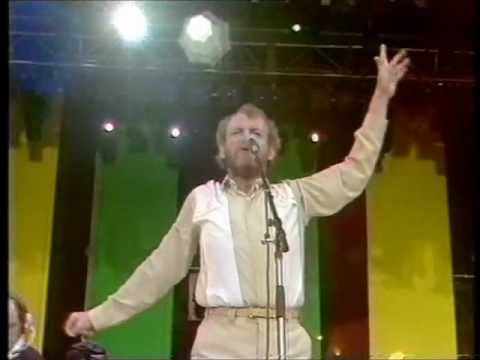 Joe Cocker - Unchain my heart      [Live 1988]