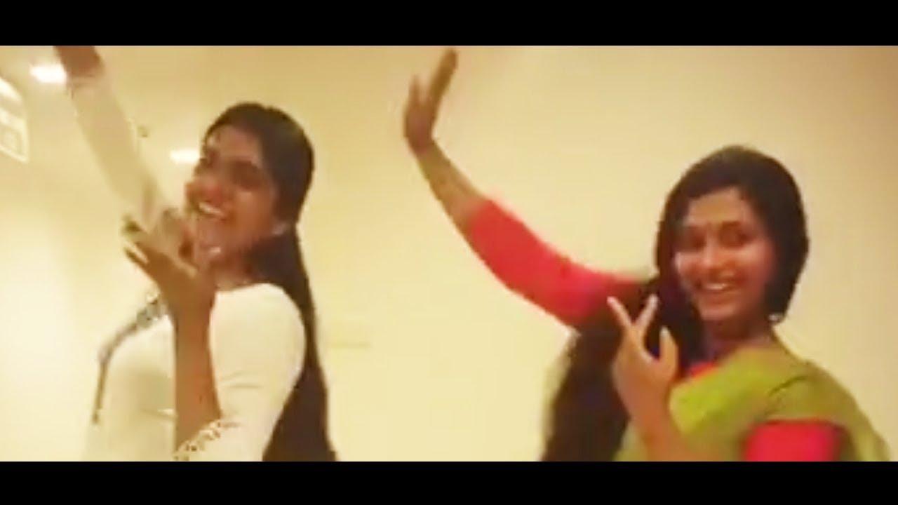 നൃത്ത ചുവടുകളുമായി അനു സിത്താരയും നിമിഷയും   Anu Sithara & Nimisha Sajayan Dancing together
