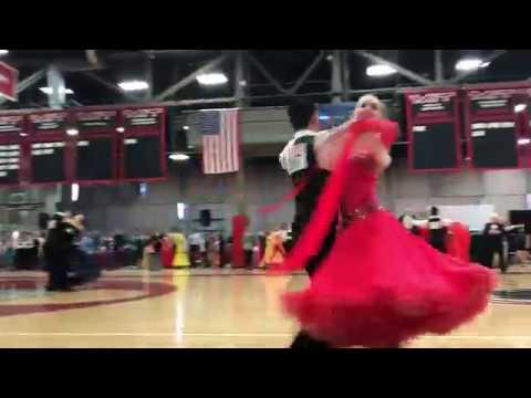 Фото взрослых бальные танцы в стрингах и чулках видео попка красивое черный