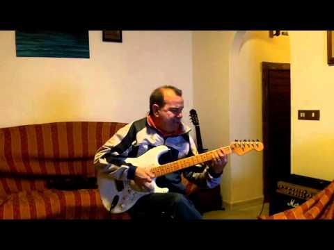 Pugni chiusi-Mario Mendez