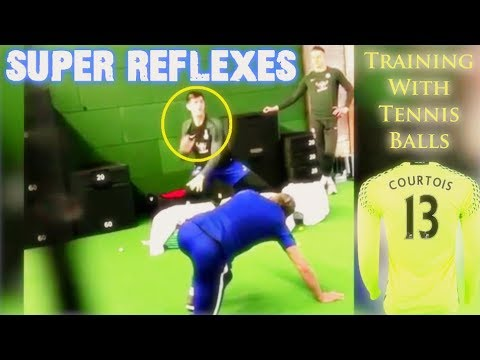 Chelsea goalkeeper Thibaut Courtois Training With Tennis Balls ◉ SUPER REFLEXES