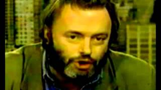 Christopher Hitchens on Islam in Britain
