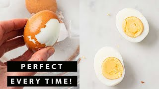 How to Make Perḟect Hard Boiled Eggs that are Easy to Peel