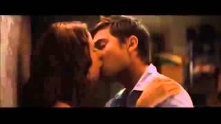 Как нужно целоваться в первый раз