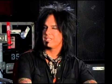 Nikki Sixx disses Godsmack -- ACDC ready to start new album! -- new Sworn Enemy, Slipping Away
