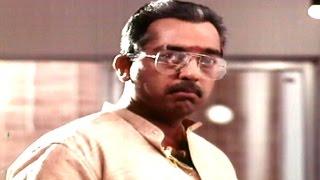 Nayakudu Movie    Neelala Kannullo Video Song     Kamal Haasan, Saranya
