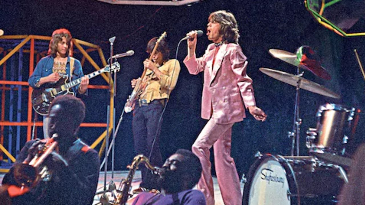 The Rolling Stones - Brown Sugar (Top of the Pops 1971) - YouTube