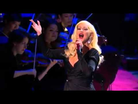 Christina Aguilera  New York, New York ft Seth MacFarlane
