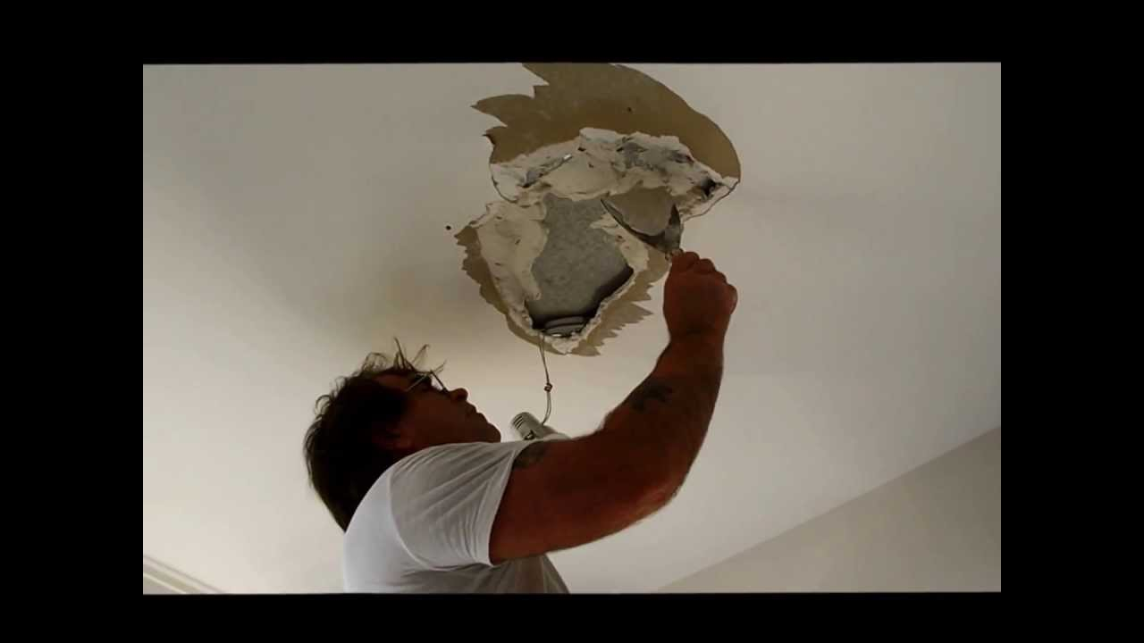 fixing hole in ceiling with plasterboard