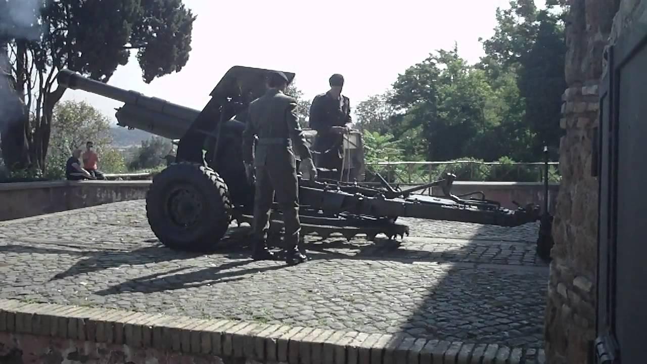 Ore 12 00 Sparo Del Cannone Al Gianicolo Roma At 12 00 O