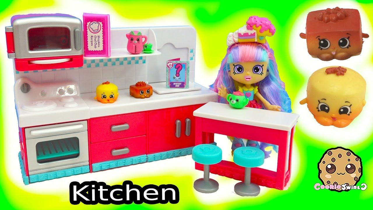 Shopkins Season 6 Hot Spot Kitchen Chef Club Playset Surprise Candy Jar Blind Bags
