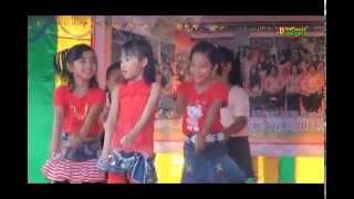 Video Goyang Bebek Ngambang ala SDN 002 Ratu Sima Kota Dumai download MP3, 3GP, MP4, WEBM, AVI, FLV September 2017