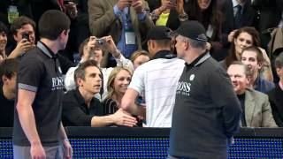 Andy Roddick Asks Ben Stiller For Autograph