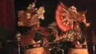 "Bali Dance ""Legong Lasem"" Gunung Sari"