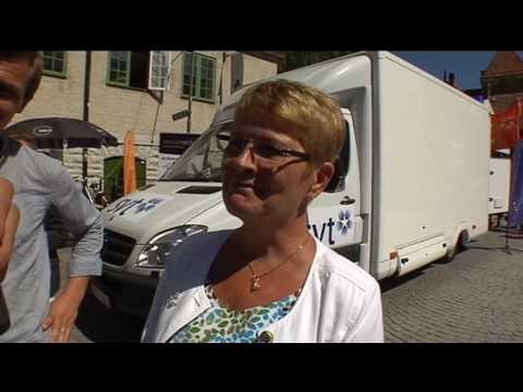 Entreprenören Gustav Josefsson frågar Maud Olofsson