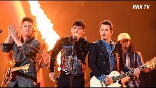 Brother Rock Band 'The Jonas Brothers' Winning the Teen Choice Awards in 2019.- RNX TV