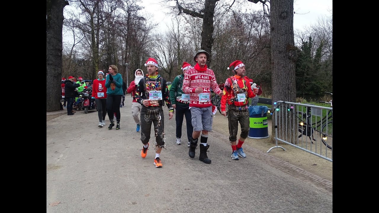 Foute Kersttrui Amsterdam.Ugly Sweater Run 2018 Vondelpark Amsterdam 2 In Pictures Youtube
