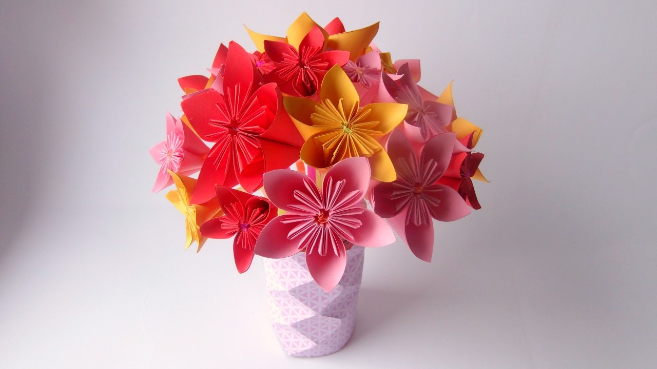 Des pailles du papier un magnifique bouquet origami youtube decoration tutorial origami flower bouquet izmirmasajfo Gallery