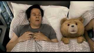 "Трейлер фильма ""Третий лишний"" / ""Ted"" Trailer / [18+|RUS] / (720p)"
