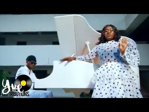Sista Afia - Paper feat. Victor AD (Official Video)