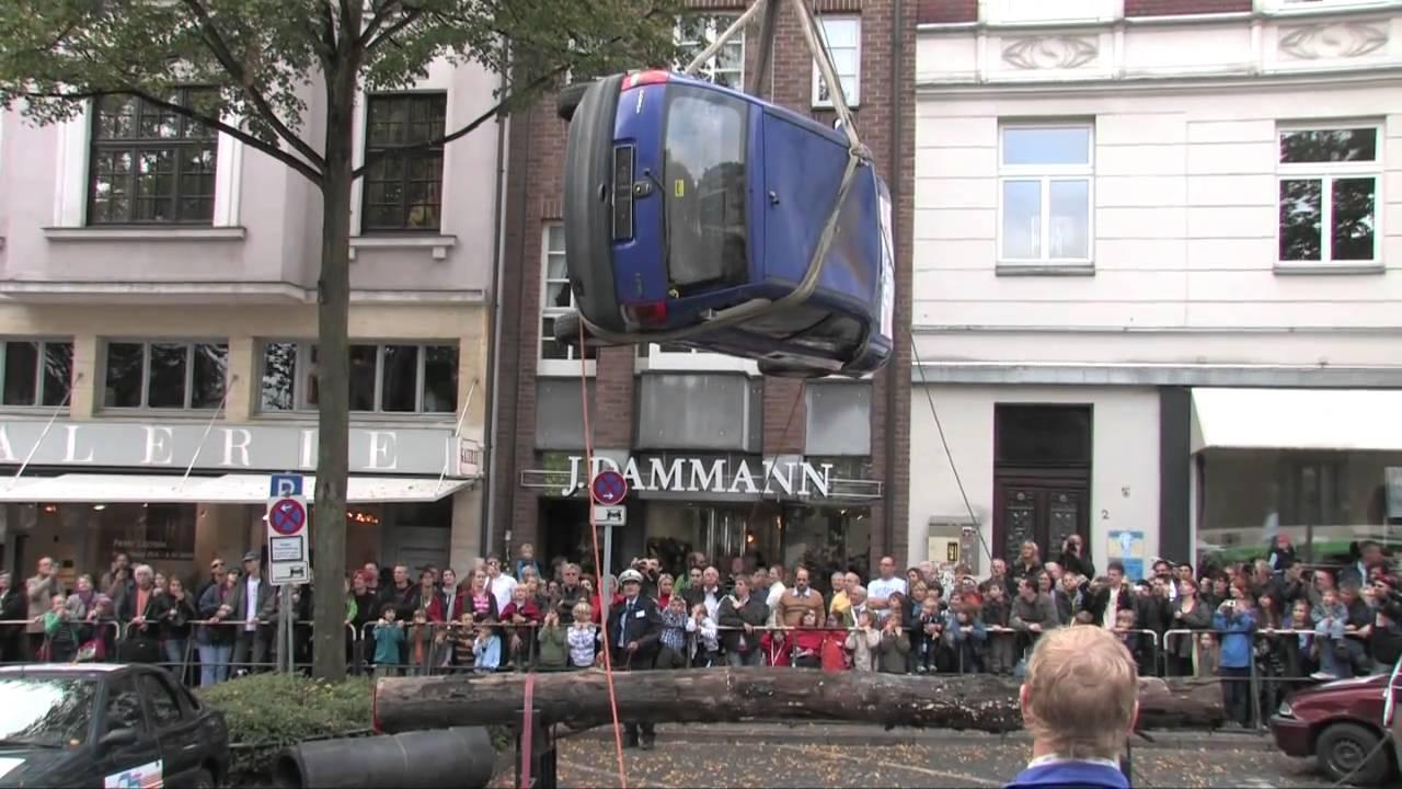 Aachen Polizei Tag NRW 2010 - Ein Auto fällt vom Himmel ...