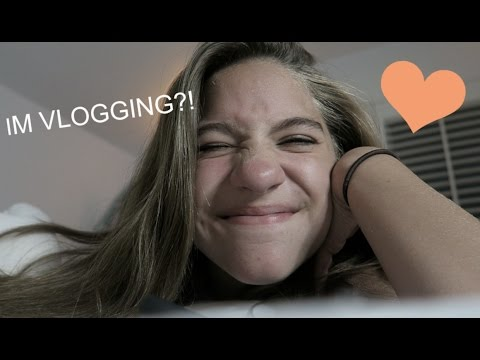 IM VLOGGING?! || Vlog day 1