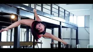 Strong & Flexi Studio   Spot Commercial Pole Dance 2017