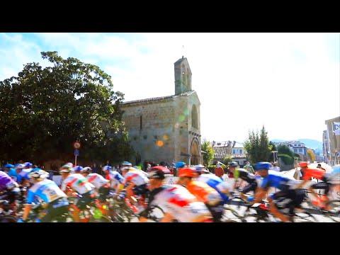 VÍDEO La Vuelta desfiló por delante de Santa María de la Oliva