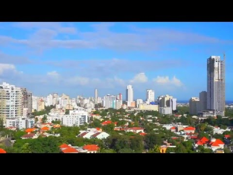 Santo Domingo, Dominican Republic city life documentary Anacoana Av.