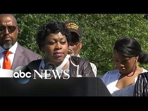 Philando Castile's Mom: Son 'Is a Driving Force in Me'