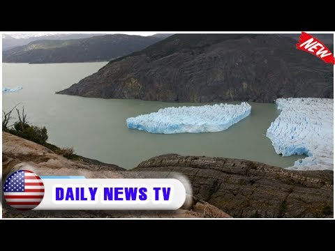 Iceberg breaks from ruptured glacier in chile| Daily News TV