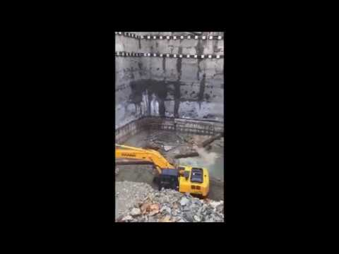 Retaining wall collapse - Istanbul