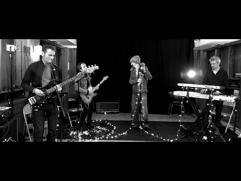 """James – """"Nothing But Love"""" – Live Session"""