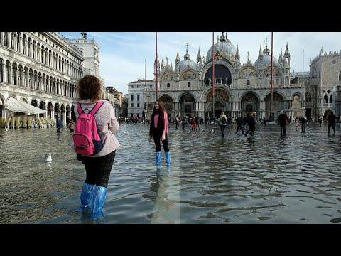 البندقية الغارقة تستعد لارتفاع جديد في مستوى المياه والسلطات تتحدث عن أضرار بمليار يورو…  - 15:58-2019 / 11 / 16