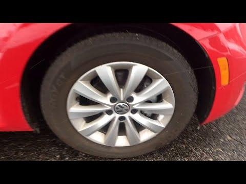 2017 Volkswagen Beetle Mt. Pleasant, Cedar Springs, Greenville, Reed City, Big Rapids, MI BY0046