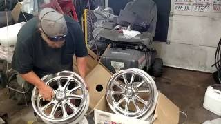 Un Boxing and first impression of U.S. Mags Rambler U111 Gray Wheels with Machined Lip